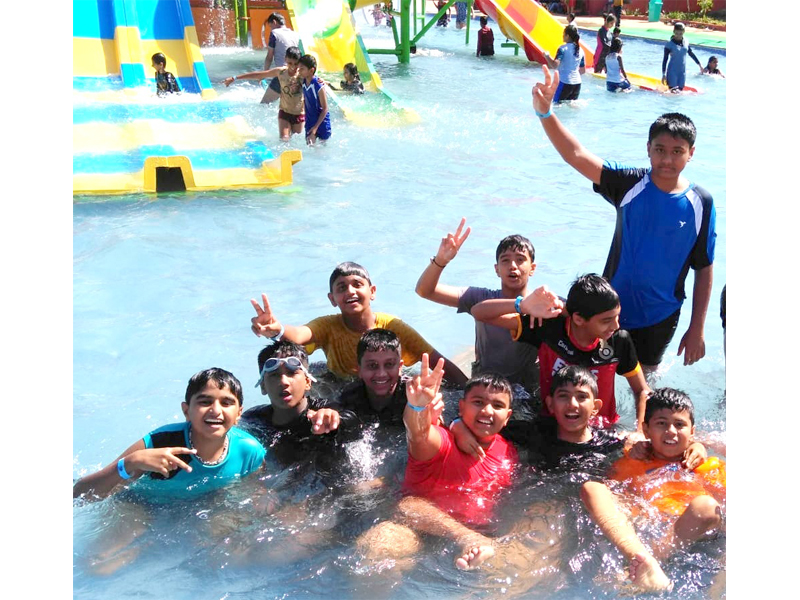 Frolicking in the alluring waters of PRS Park, Hubballi